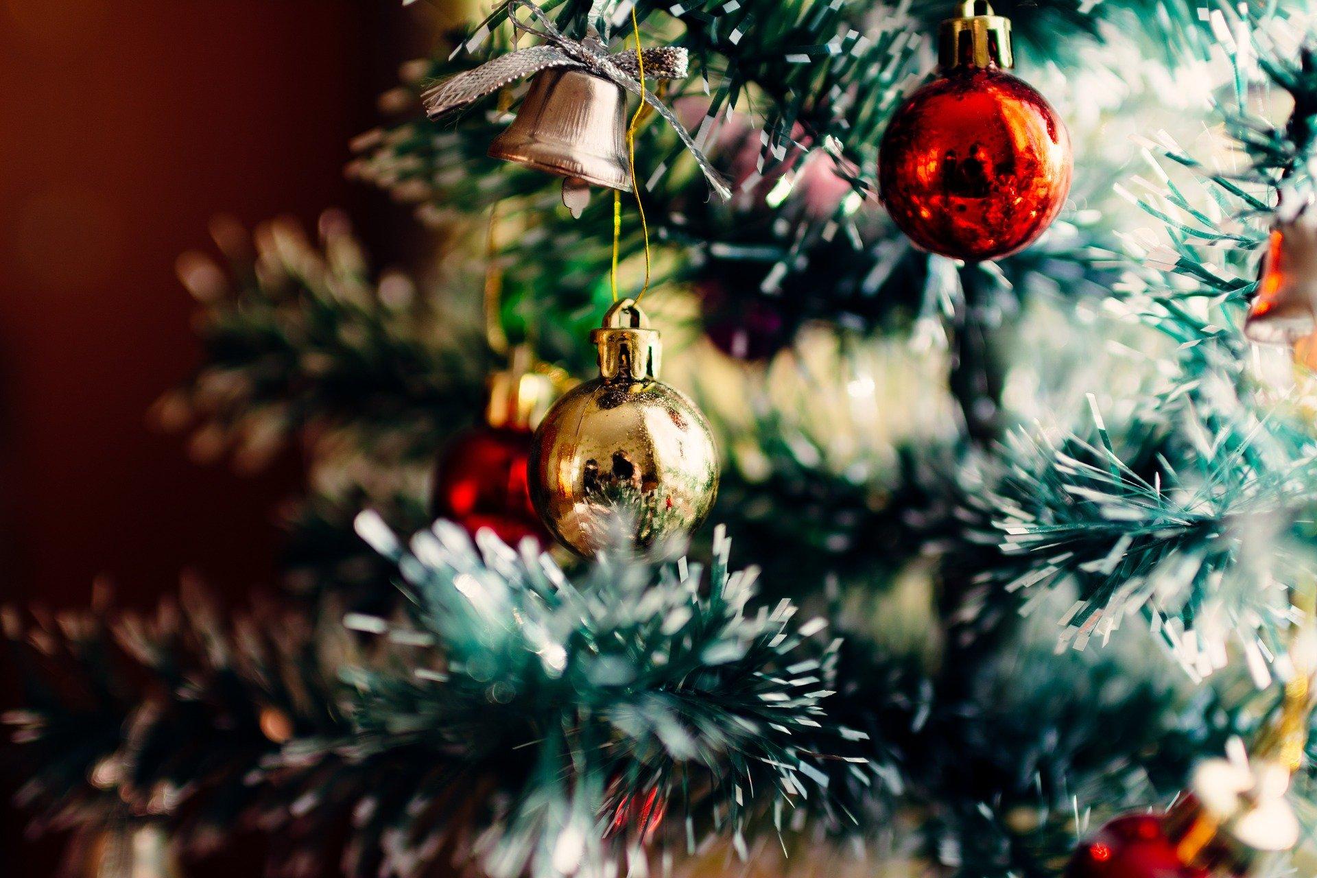 Dicembre, l'Albero e le Leggende